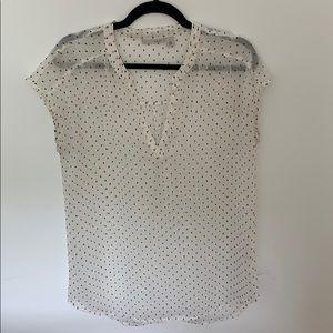 Halogen clip dot split neck tunic blouse